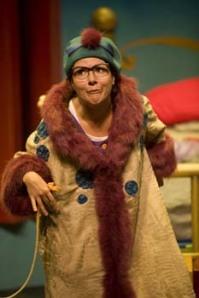 Ella Simon as the Cat Lady in Murmel, Murmel, Murmel!