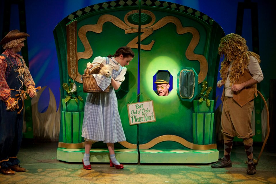 The Wizard of Oz Breaks Box Office Records, Extra Performance Added ...